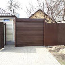 Рулонные ворота в Воронеже - частный дом